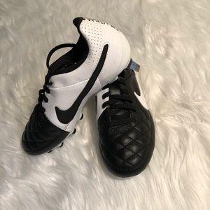 Nike soccer size 4